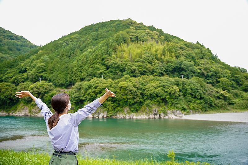 仁淀川背伸び 写真
